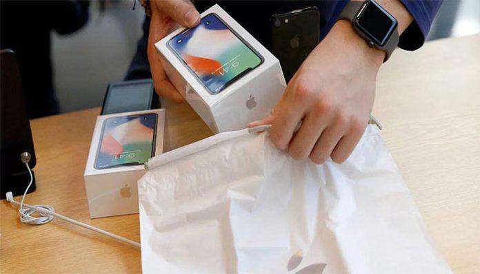 iPhone X uretimi